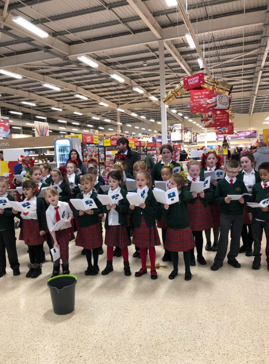 Choir Carol Singing at Tesco(1)